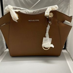 New Michael Kors Jetset Large Chain Shoulde Tote